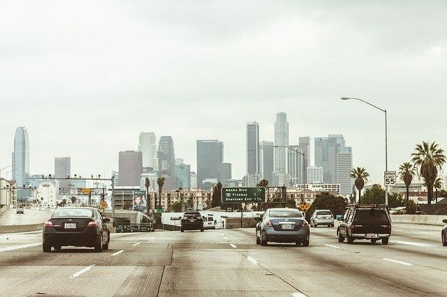 los angeles traffic ridesharej